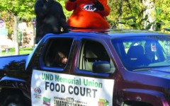 Annual Homecoming parade draws crowd