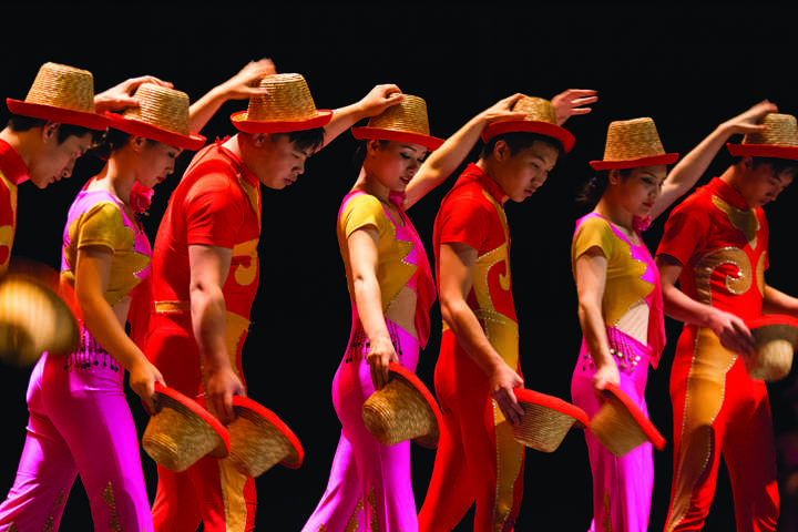 Chinese Circus prevails throughout show