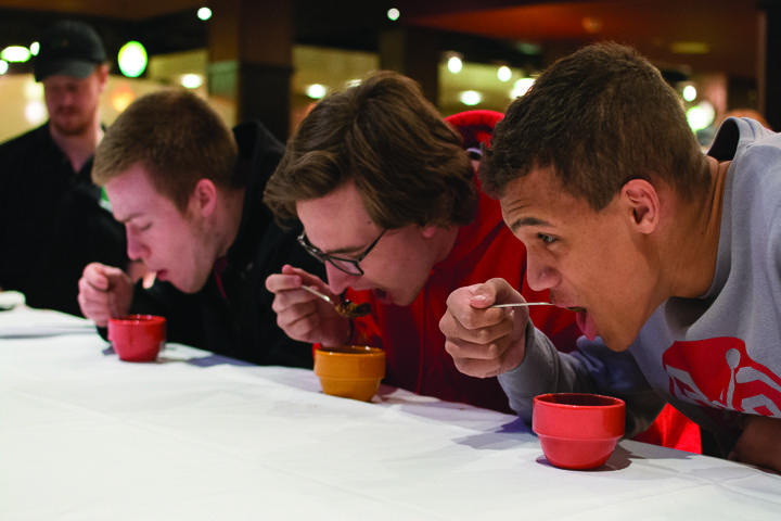 Spicing up university dining centers
