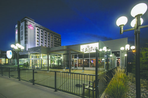 'L Bistro tries fine dining at a lower price