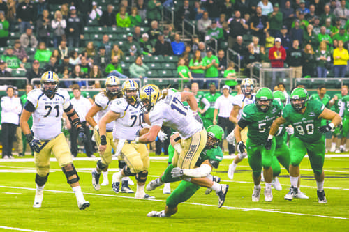 UND rebounds with shootout win