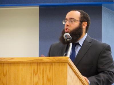Muslim scholar speaks on Shariah