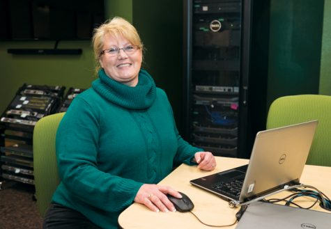 Sandy Braathen is a professor in the information systems and businness education department.
