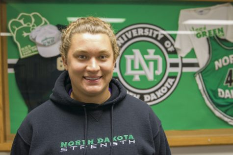 Molli Detloff is a junior thrower on the UND women's track and field team. Detloff recently placed first in the women's hammer throw event at the Mondo Team Challenge in Sacramento, CA on April 1, 2017.