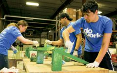 """Students come together to """"do work"""" for BIG Event this spring"""