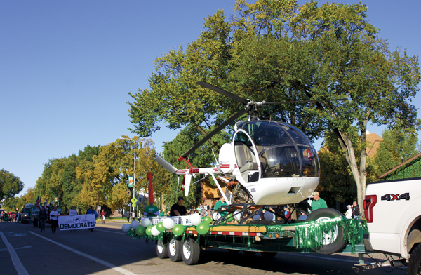Floats process down University Avenue during the Homecoming parade on Saturday, October 7, 2017.