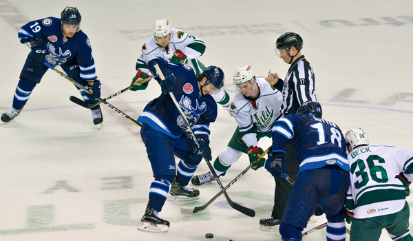 The Manitoba Moose and the Iowa Wild faced off Friday night at the Ralph Engelstad Arena. The Moose came back from a 2-1 defecit in the third period to defeat the Wild 3-2.