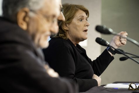 Heitkamp tries to resurrect net neutrality