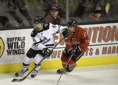 Hawks Embarrass Huskies for a shot at the Gophers