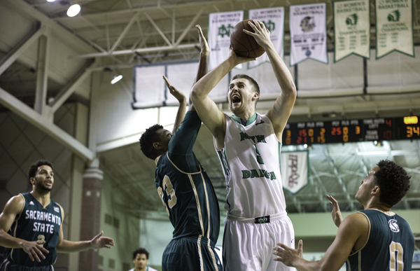 After graduating from UND, center Carson Shanks transferred to Loyola Chicago to play as a graduate transfer student athlete in his final year of NCAA eligibility.