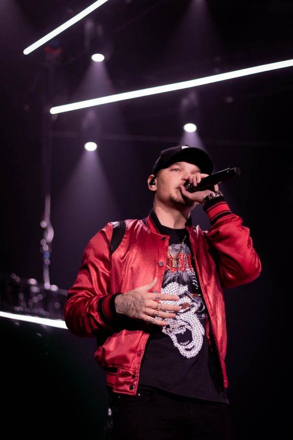 Headliner Kane Brown at the Ralph Feb 17, 2019