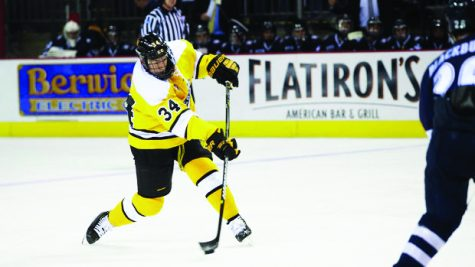 Colorado College vs New Hampshire, Broadmoor World Arena