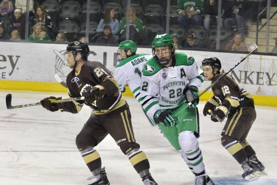 UND Hockey Returns
