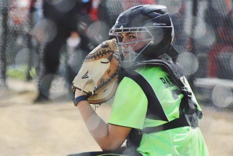 Softball Splits Series with Omaha