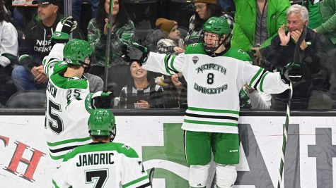 Jake S.² and Gaber Lead UND to 4-0 Win over Niagara